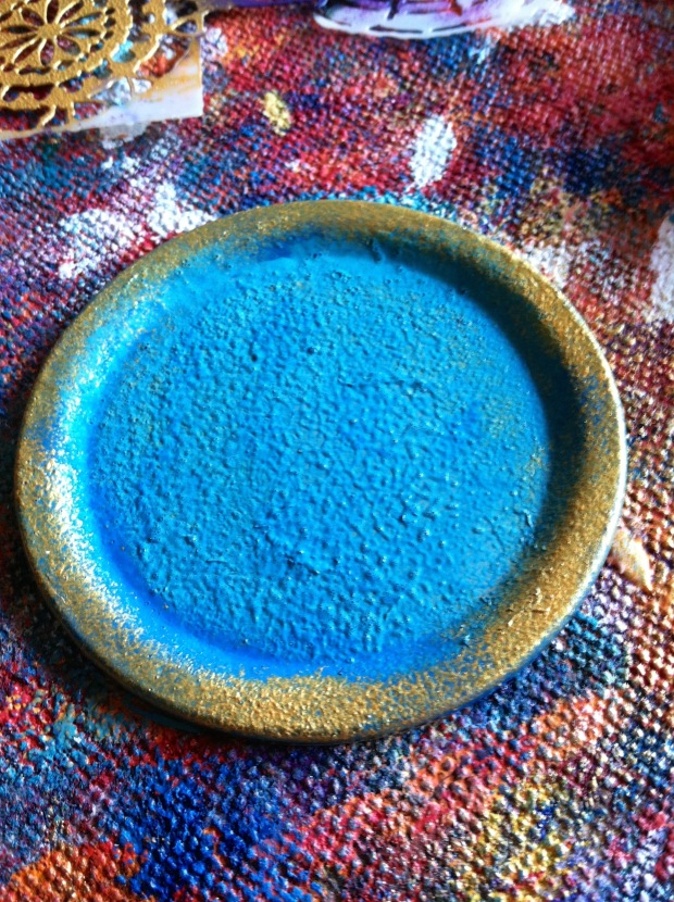 Painted-lid